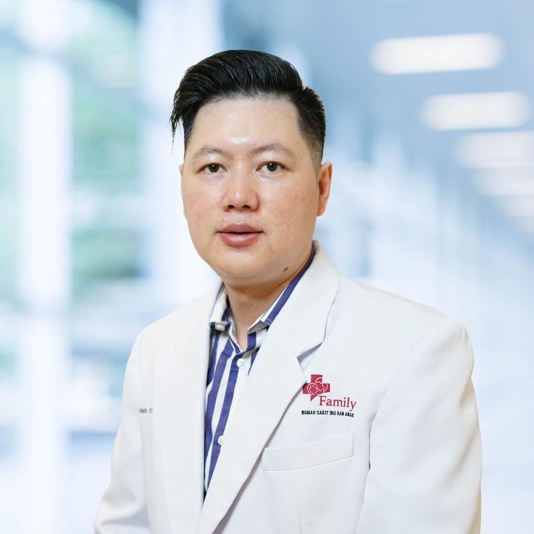 dr. Steven Tjia, Sp.A